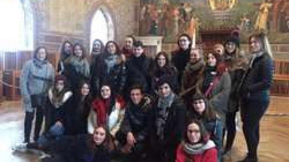 Tappa sul Titano per 7 studenti di Perth ospitati dal liceo linguistico San Pellegrino