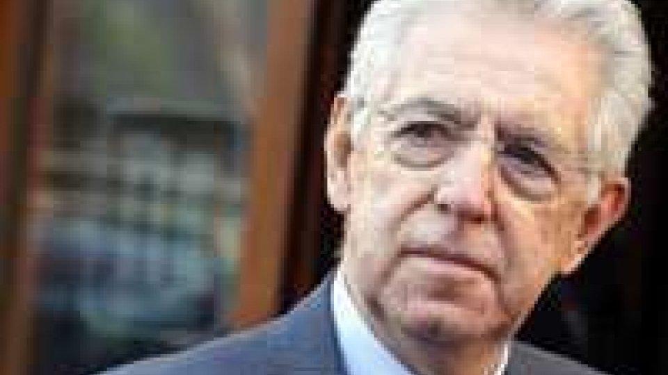 Governo italiano, cala fiducia nell'esecutivo Mario Monti