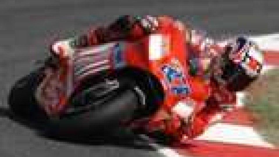 MotoGp, Gran Premio di Germania: pole per Casey Stoner