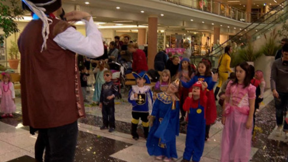 CarnevaleIl CARNEVALE finisce in festa col MARTEDÌ