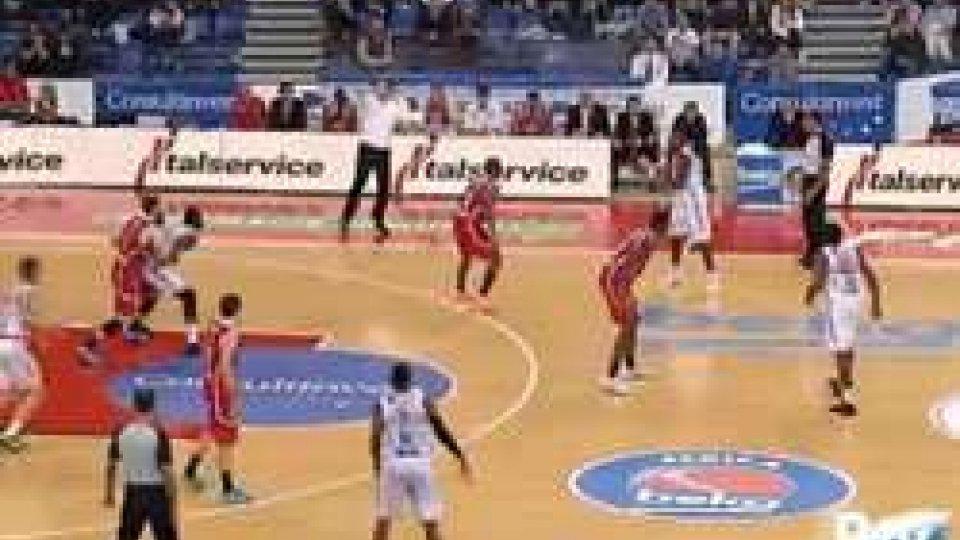 Pesaro-Pistoia 73-74Basket: Serie A, Pesaro-Pistoia 73-74