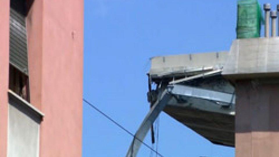 Il ponte a GenovaCrollo ponte Morandi: consegnati i primi alloggi alle famiglie