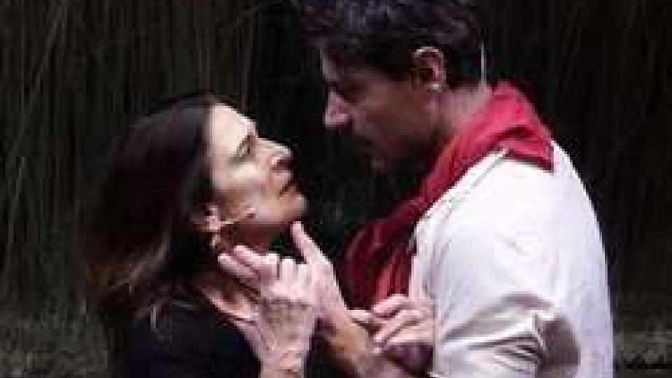 "Lina Sastri<strong>diSASTRI</strong> de' ""La Lupa"" <strong>diLINA</strong>"