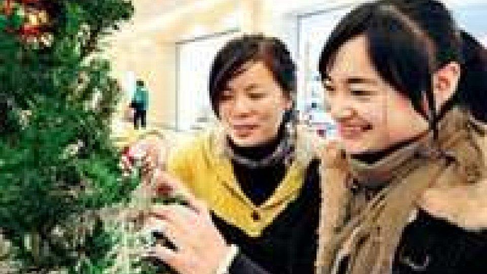 Boom di cinesi in Europa a Natale
