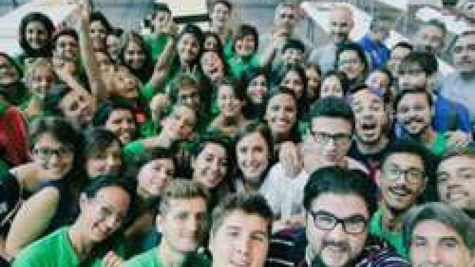 il meeting prende forma con 500 volontari al lavoroIl meeting prende forma con i suoi primi 500 volontari