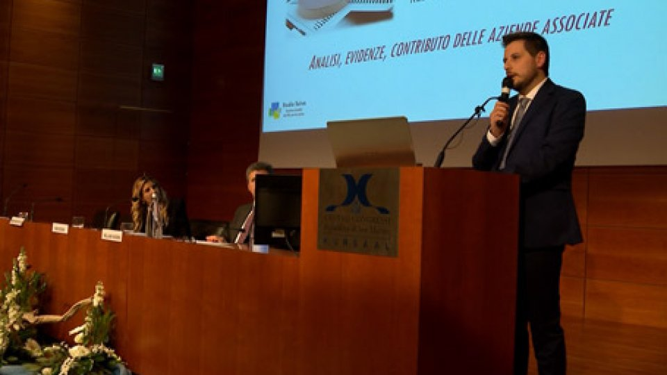 l'Assemblea Generale dell'AnisReport Anis: analisi delle aziende associate