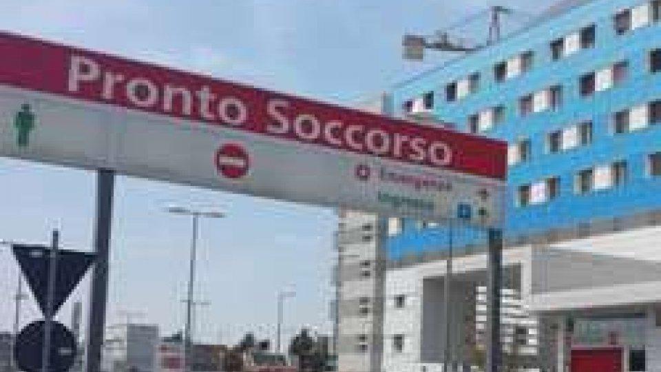 34enne cade da cantiere a Rimini: versa in gravi condizioni