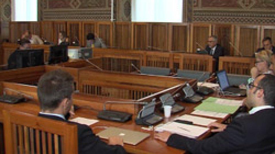 Commissione EsteriCommissione Esteri: presentata la bozza di decreto per la residenza ai frontalieri
