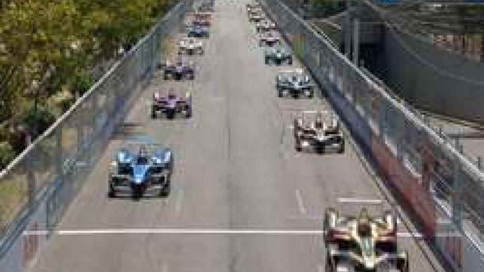 Formula E: il Mondiale fa tappa a Santiago del CileFormula E: il Mondiale fa tappa a Santiago del Cile