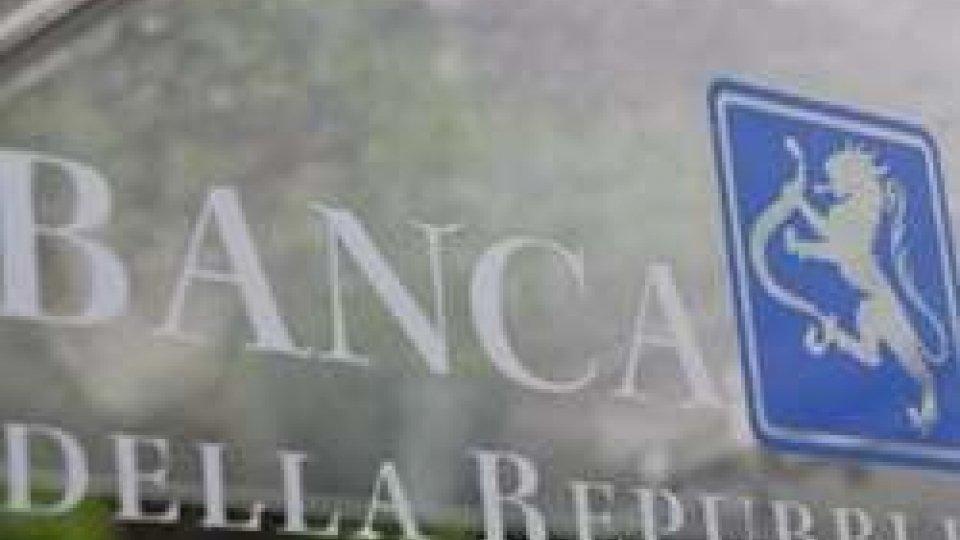 Banche: in arrivo nuove regole per l'aumento del capitale sociale, vietato conferire immobili