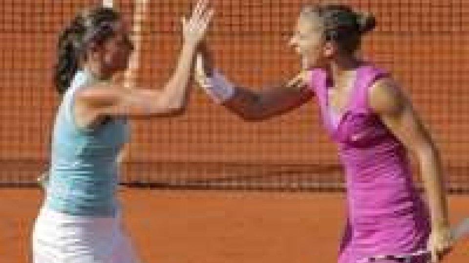 Tennis: Errani-Vinci in finale doppio