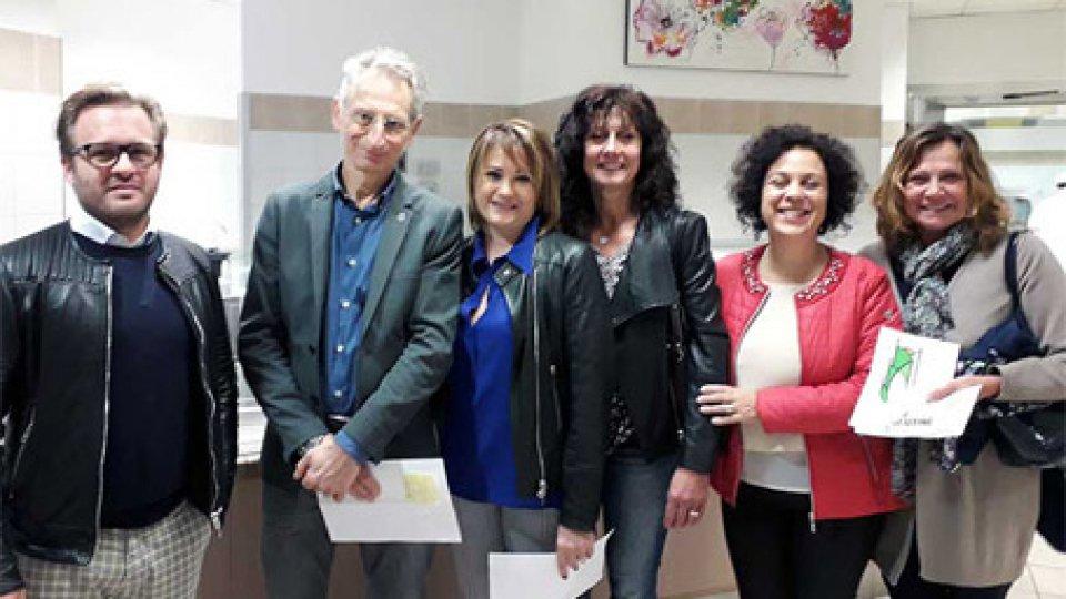 Gianluca Montanari al centro con il direttivo Associazione Celiaci RSM