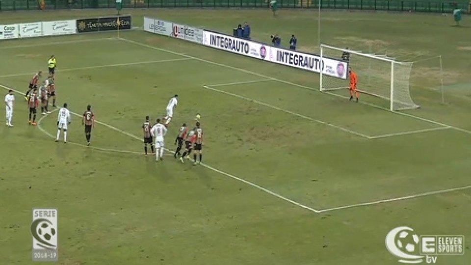 Ternana-Fano 0-1Il Fano sbanca Terni con un rigore al 90°: 1-0