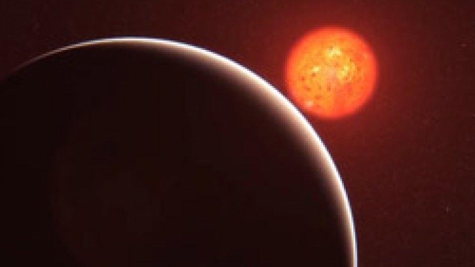 """eclissiEclissi da record: appuntamento """"rosso"""" in cielo"""