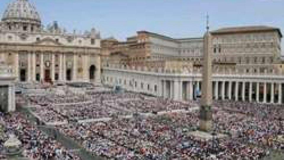"""San Pietro, il Papa: """"Curare ferite sanguinanti dell'umanità;basta guerre e razzismo"""""""