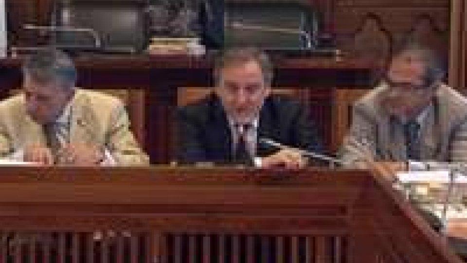 Commissione interni: il dibattito si accende sul dedicare una piazza a De Gasperi