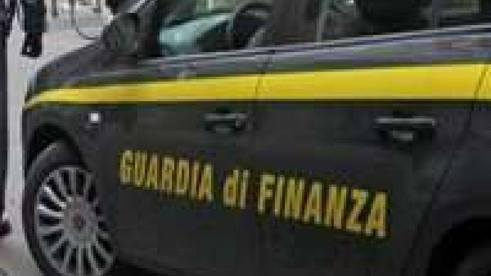 Gdf scopre 16 mln Iva evasa: fatture fasulle per oltre 80 milioni, capitali a San Marino