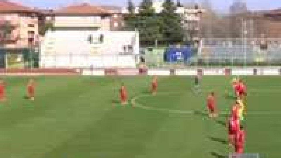 E' 0-0 tra Santarcangelo e Carrarese: un pareggio che accontenta tuttiE' 0-0 tra Santarcangelo e Carrarese: un pareggio che accontenta tutti