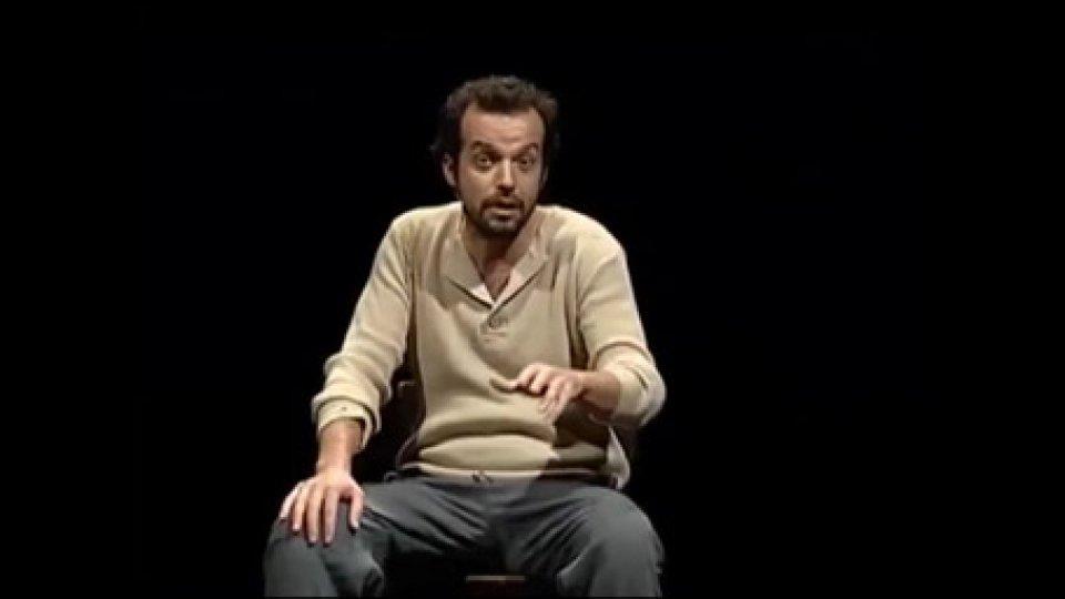 Mario PerrottaCiao papà...domani al Titano Mario Perrotta in scena
