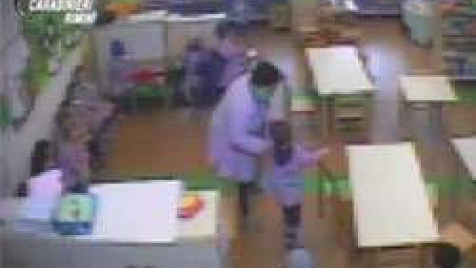 CarabinieriRimini, maltrattamenti contro i bambini: maestra ai domiciliari