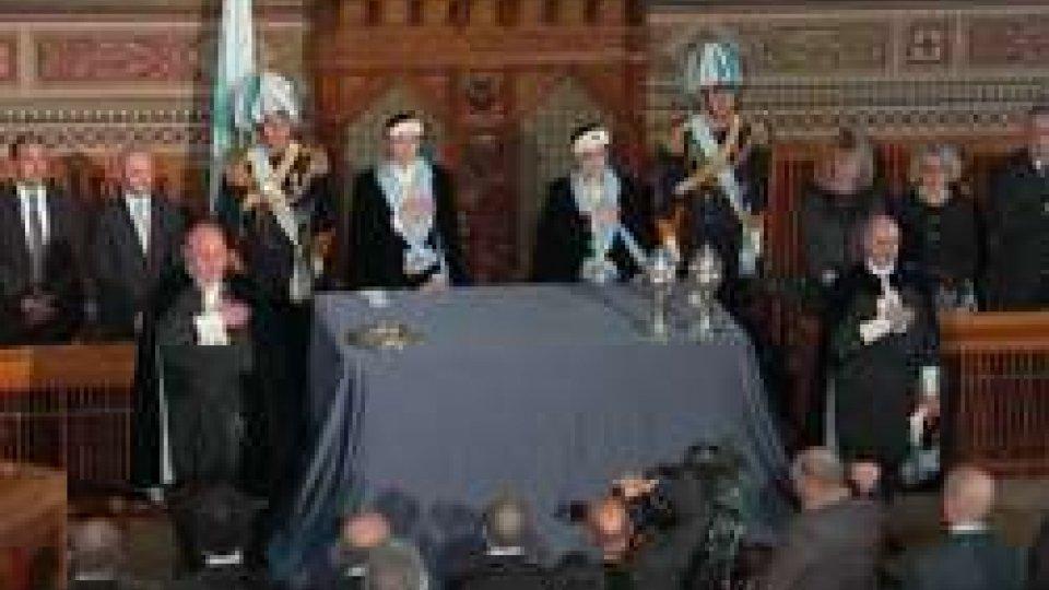 L'atto conclusivo con l'Inno NazionaleSan Marino ha la sua prima Reggenza tutta al femminile