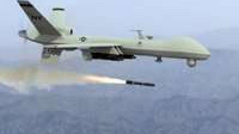 Pakistan: drone attacca imbarcazione in fiume, cinque morti
