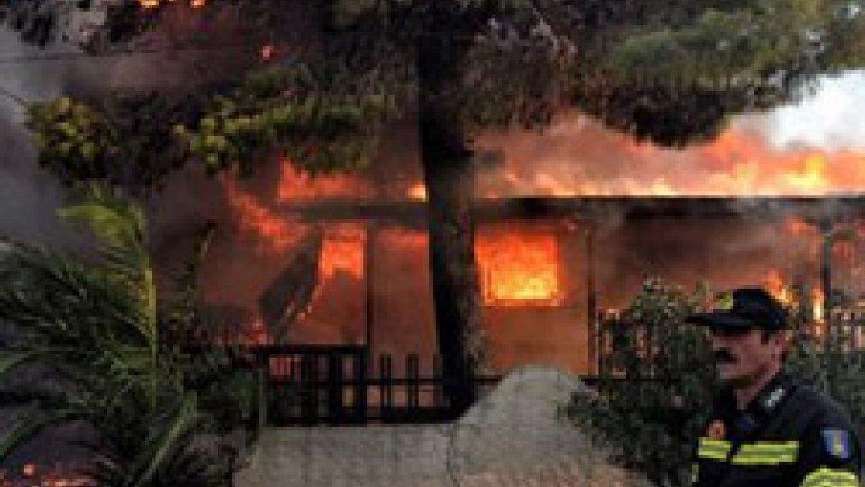 Inferno in Grecia, sale il bilancio delle vittime