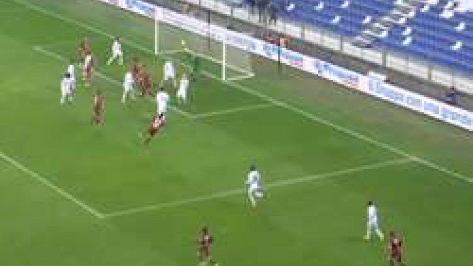 Reggiana - Santarcangelo 1-0Annullato un gol regolare e il Santarcangelo perde a Reggio