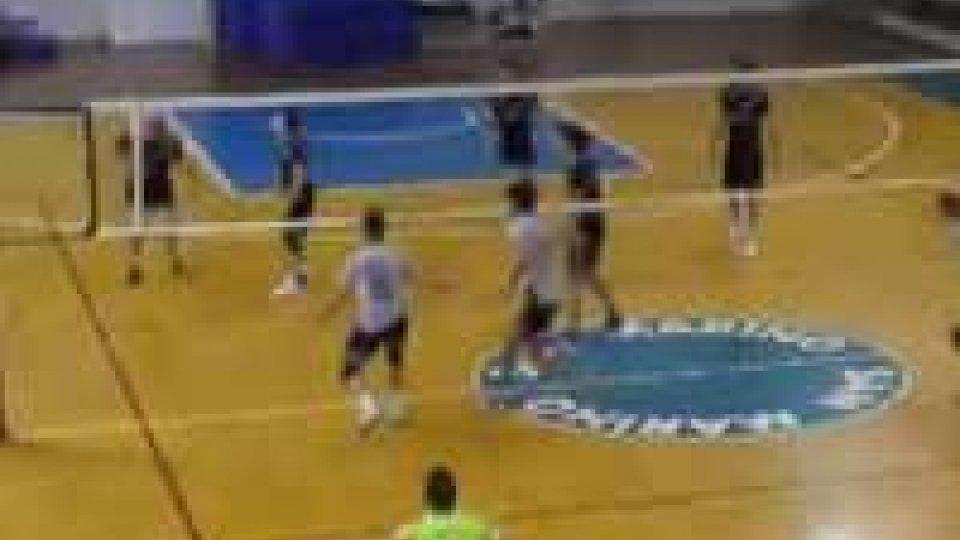 Volley: La Titan Services cede in casa contro Forlì (2-3)Volley: La Titan Services cede in casa contro Forlì (2-3)