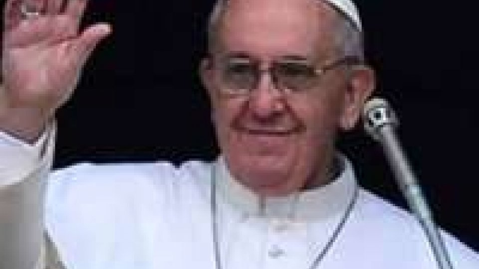 Papa: aprire i conventi ai rifugiati