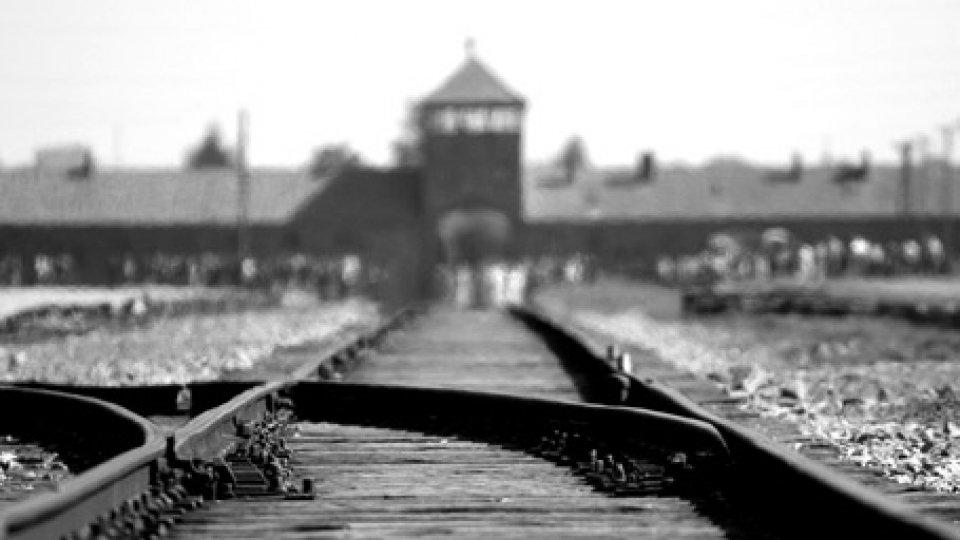 I cancelli di AuschwitzGiorno della Memoria: messaggi ed eventi per ricordare le vittime dell'Olocausto