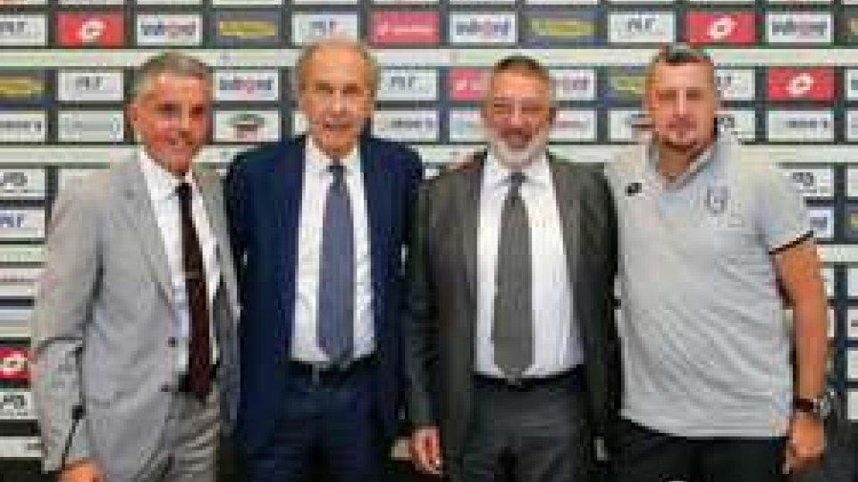 Il Cesena riparteCesena si riparte: pace fatta tra Lugaresi e Foschi, l'intervista al Presidente