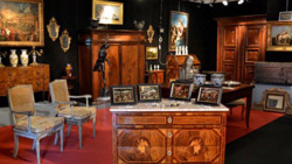 Apre i battenti la XLVIII mostra mercato nazionale d'antiquariato a Pennabilli