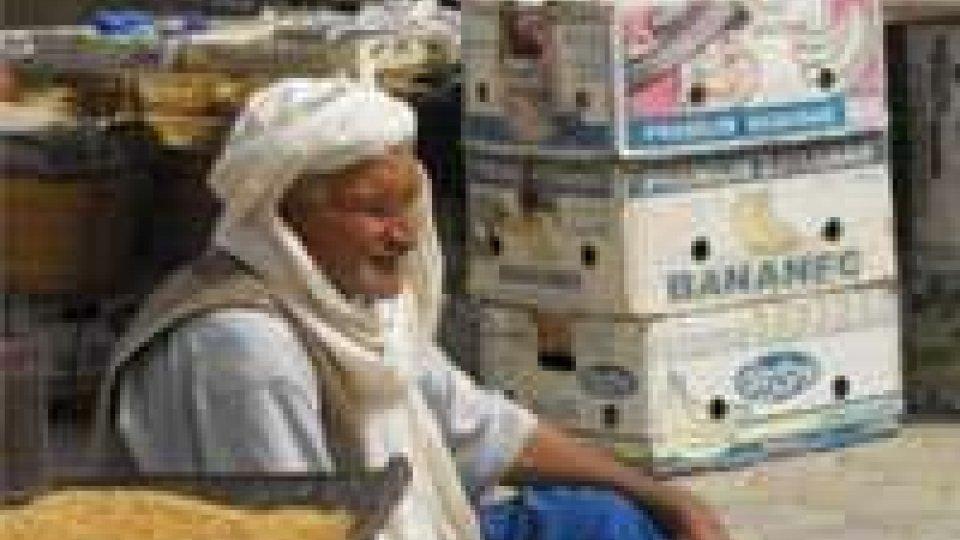 Tunisia: 4 dita mozzate a commerciante