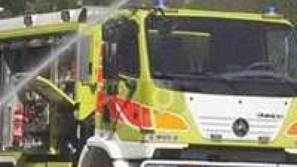 Svizzera: bimbe morte in auto in fiamme, padre sospettato