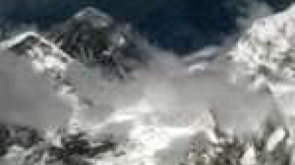 Nebbia in Nepal blocca 2.000 turisti: Tra di loro anche una decina di italiani