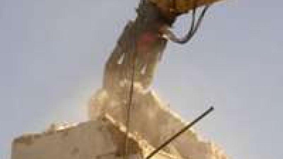 Abusi edilizi: oltre 1.500 le irregolarità