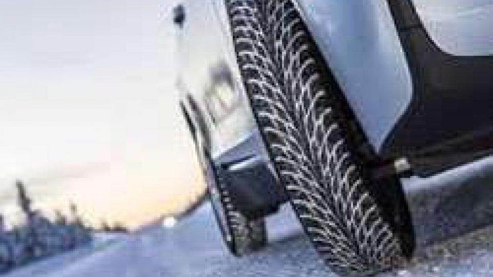 Rimini: dal 1° dicembre scatta l'obbligo degli pneumatici antineve o catene