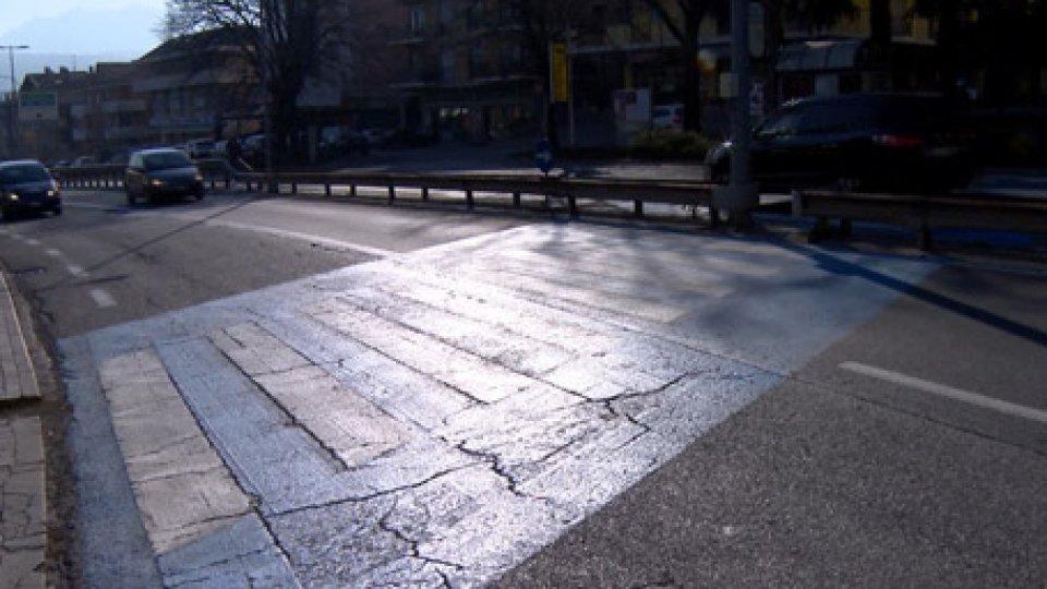 La superstradaSicurezza superstrada: Vittorio Brigliadori evidenziando possibili soluzioni per gli attraversamenti pedonali