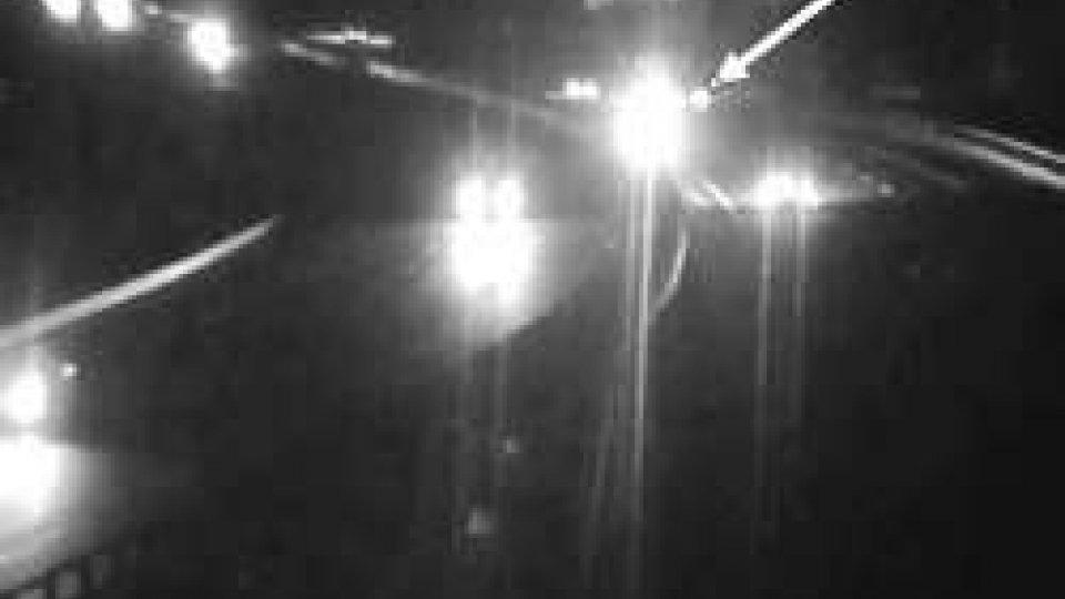 A 14, iimbocca l'autostrada contromano: interviene la Polizia Stradale