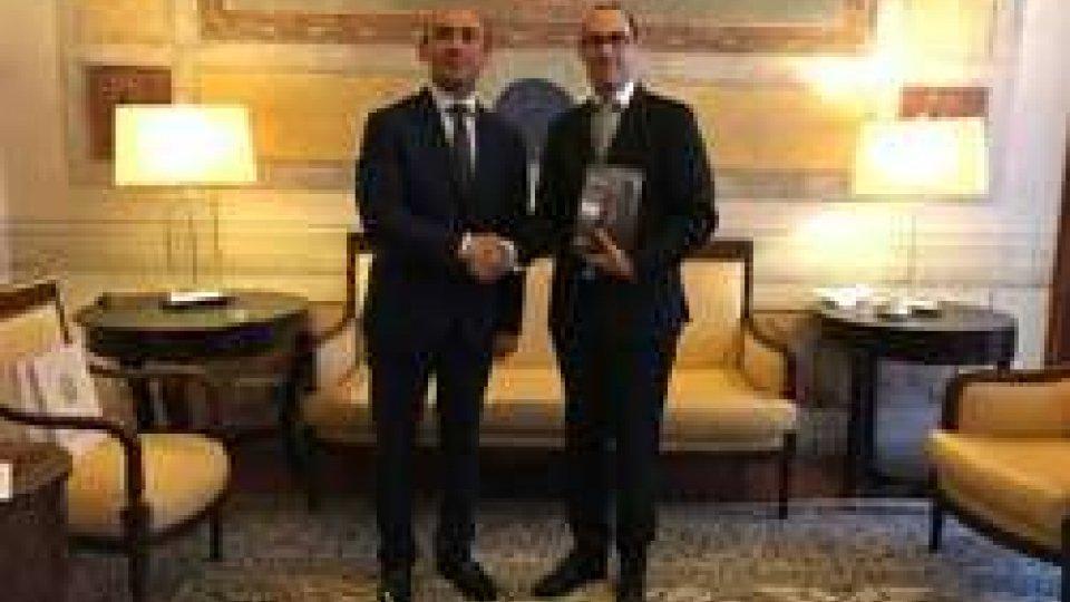 Il Segretario di Stato Renzi ha accolto l'Ambasciatore dell'Azerbaijan, S.E. Mammad Bahaddin Ahmadzada