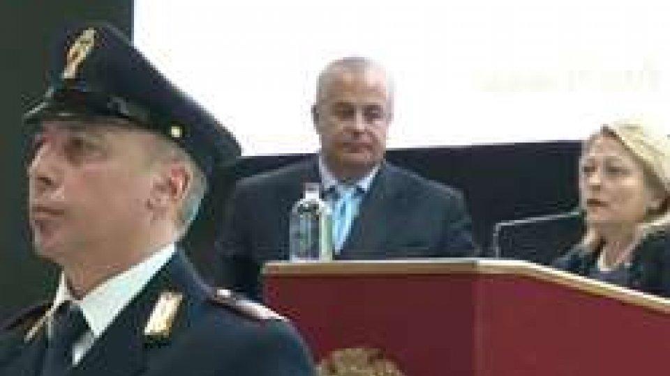 Festa Polizia RiminiRimini: bilancio polizia, 324 arresti in 12 mesi. Calo generale dei reati, diminuiscono i furti