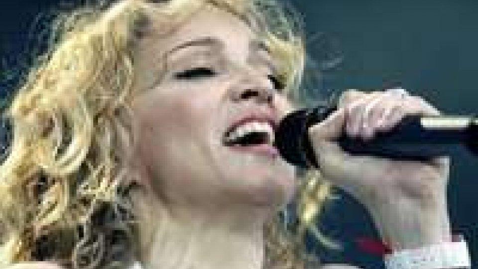 Musica: Madonna a Roma, 'la regina sono io'