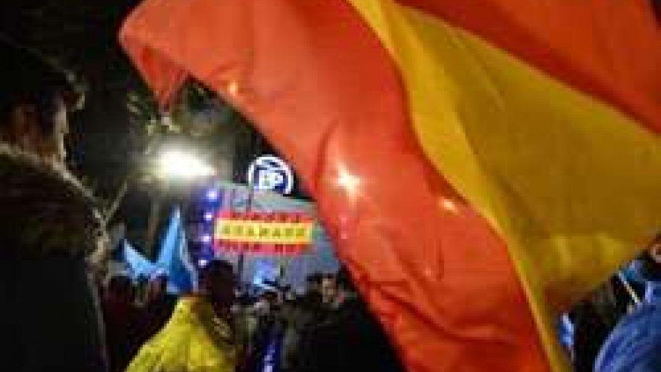 Spagna: socialisti e Podemos negano appoggio a Rajoy