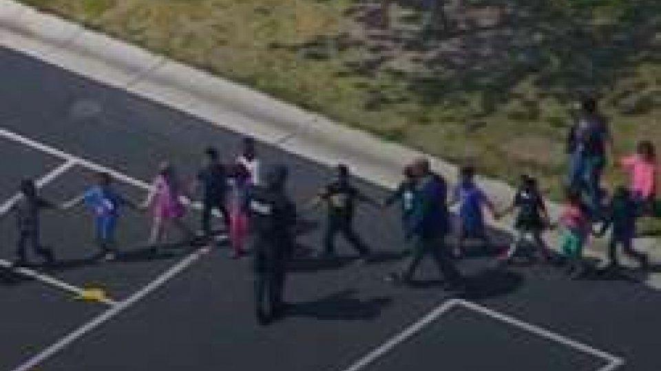 sparatoria nella scuola californiana di San Bernardino