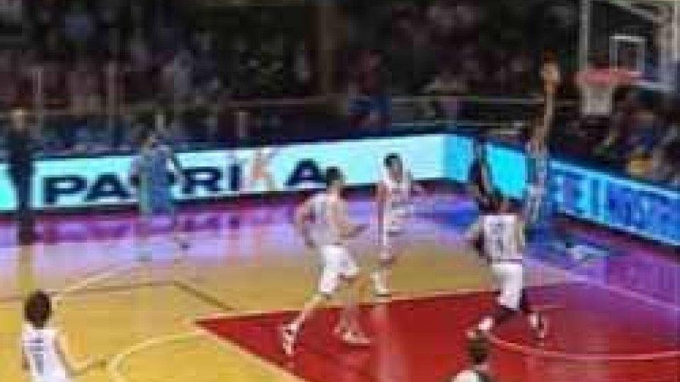 Basket: il big match di pranzo va alla Grissin BonBasket: il big match di pranzo va alla Grissin Bon