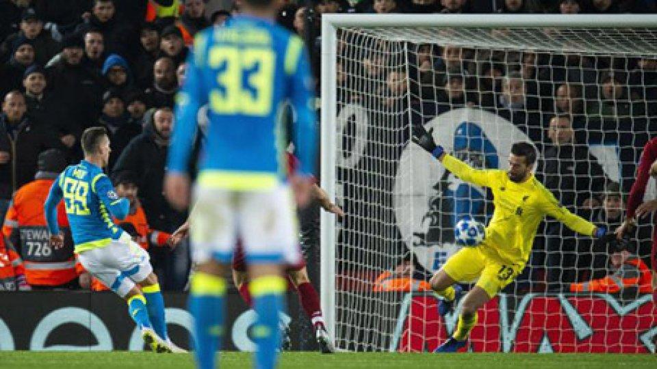 Il miracolo di Alisson su Milik allo scadereChampions League: eliminate Inter e Napoli