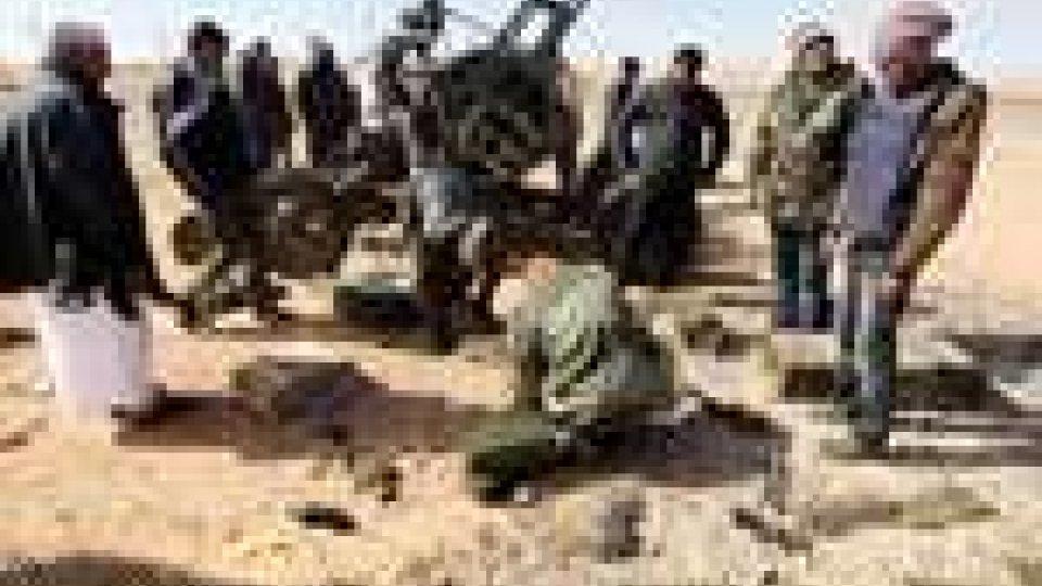 Libia: le truppe governative sempre più vicine a Bengasi
