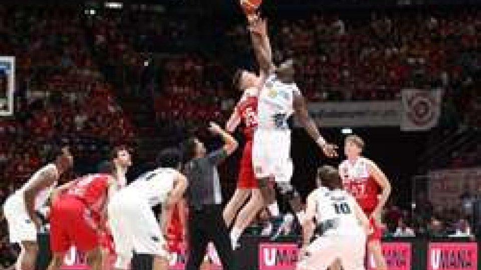 Basket: Milano batte Trento