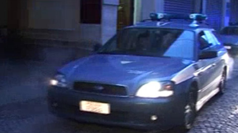 Rimini: maltratta e aggredisce il padre per procurarsi droga, arrestato 28 enne riminese